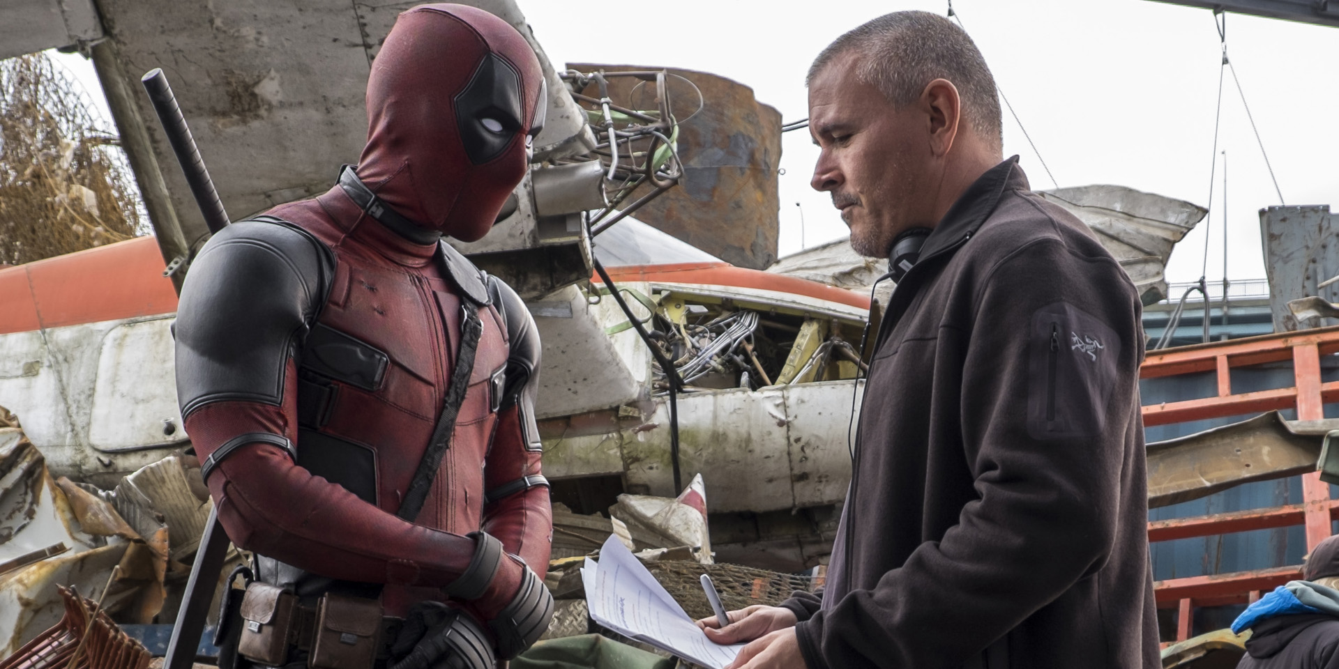 ACTING NOTES. Filmmaker Tim Miller directs Ryan Reynolds in Deadpool. Photo courtesy of 20th Century Fox