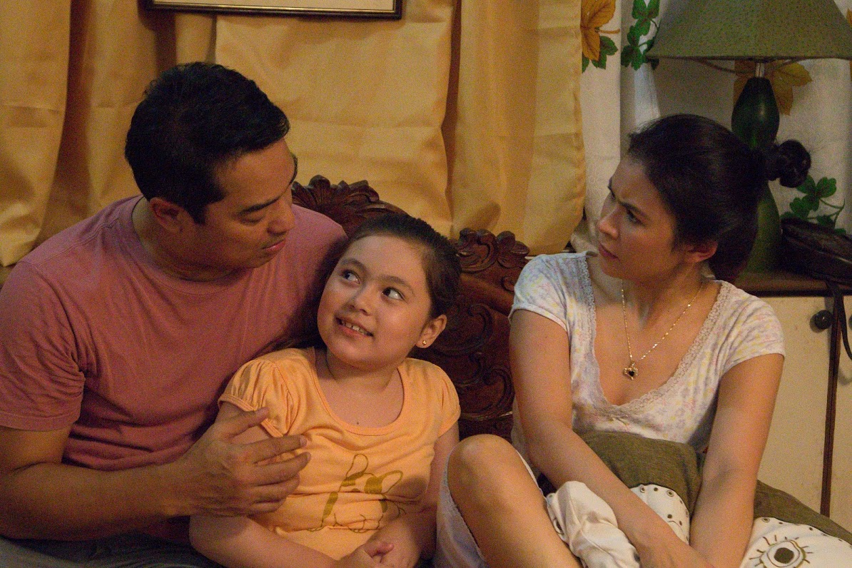 REMINDERS Ariel and Gelli's character reminds their daughter values during family time.