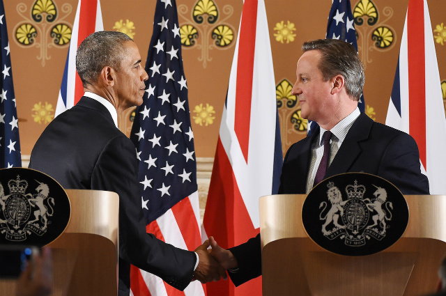 WARNING VS BREXIT. US President Barack Obama (L) and British Prime Minister David Cameron (R) during a press conference in London, Britain, April 22, 2016. Photo by Andy Rain/EPA