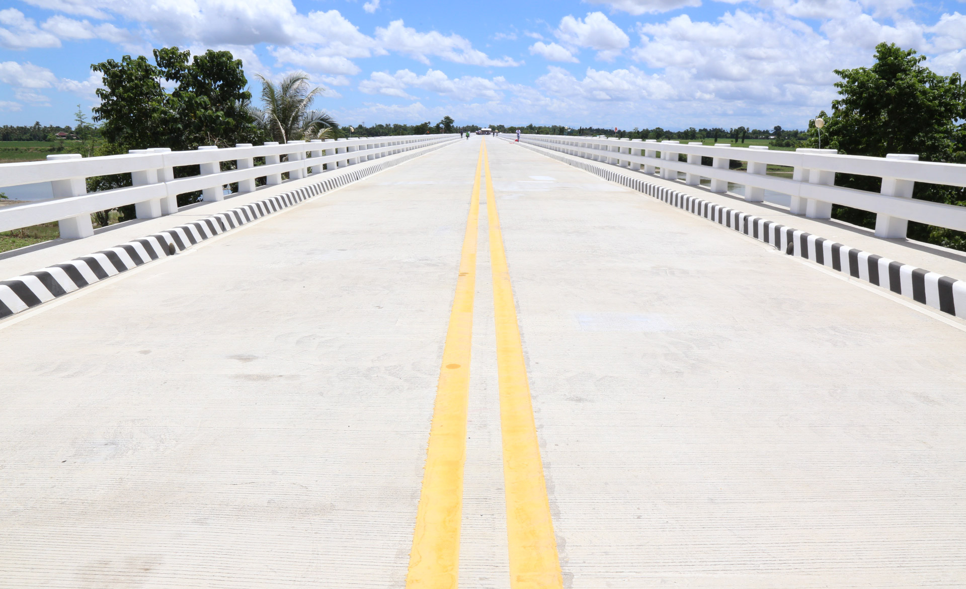 'VITAL LINK.' The Pigalo Bridge connects municipalities in Isabela. Photo from DPWH