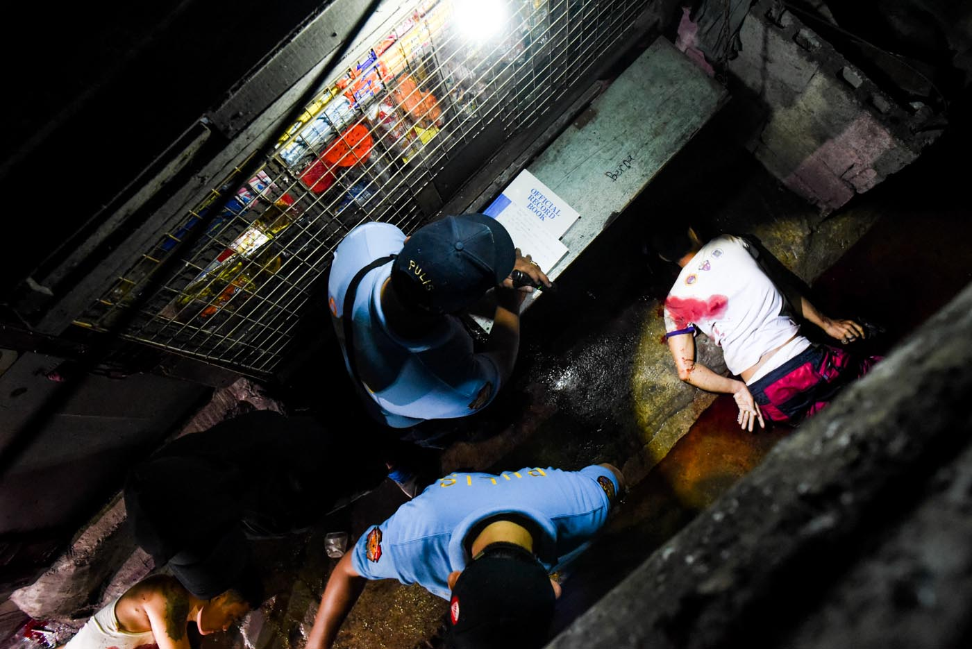 BLOODY WAR. Amid controversies, the Philippine National Police is no longer handling the war on drugs. File photo by Alecs Ongcal/Rappler