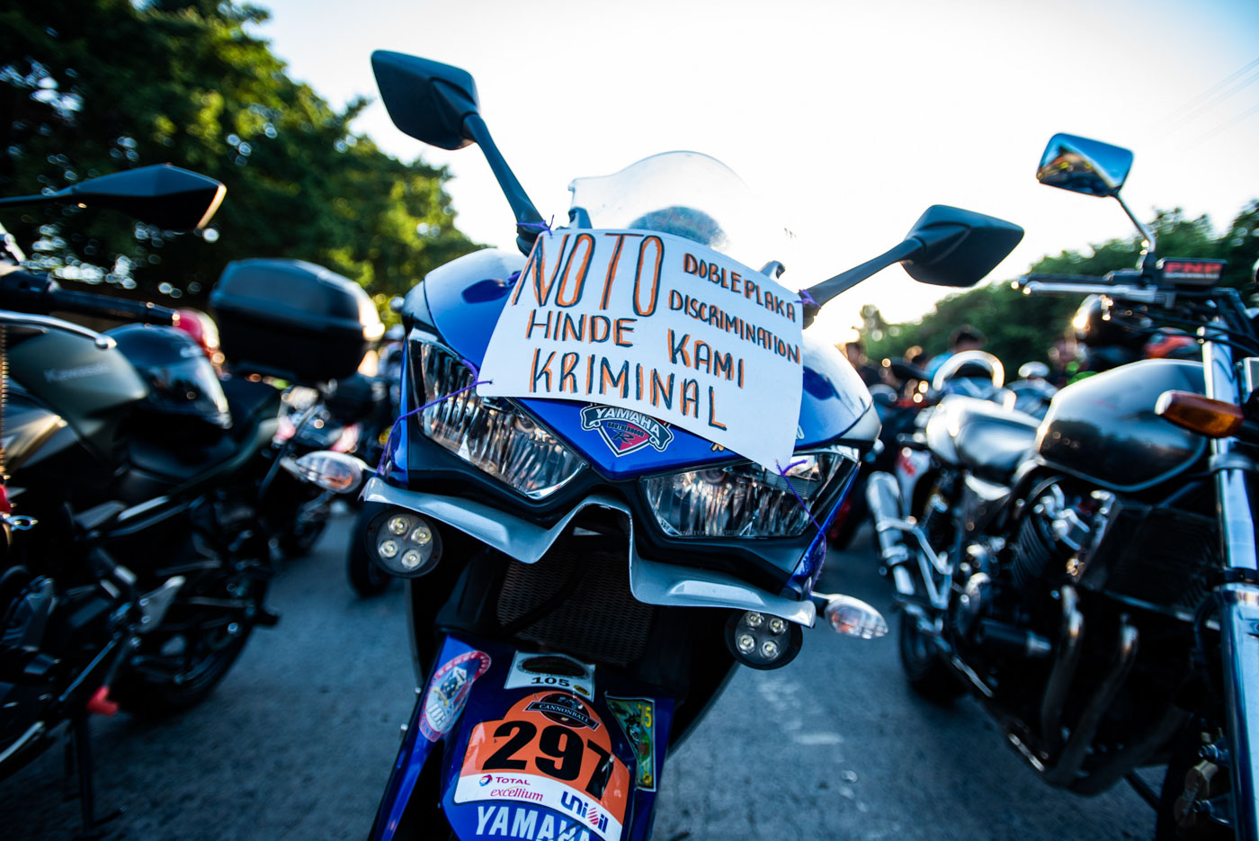 PROTEST. Protesting motorcycle riders on March 24, 2019, say they should not be considered criminals. Photo by Maria Tan/Rappler