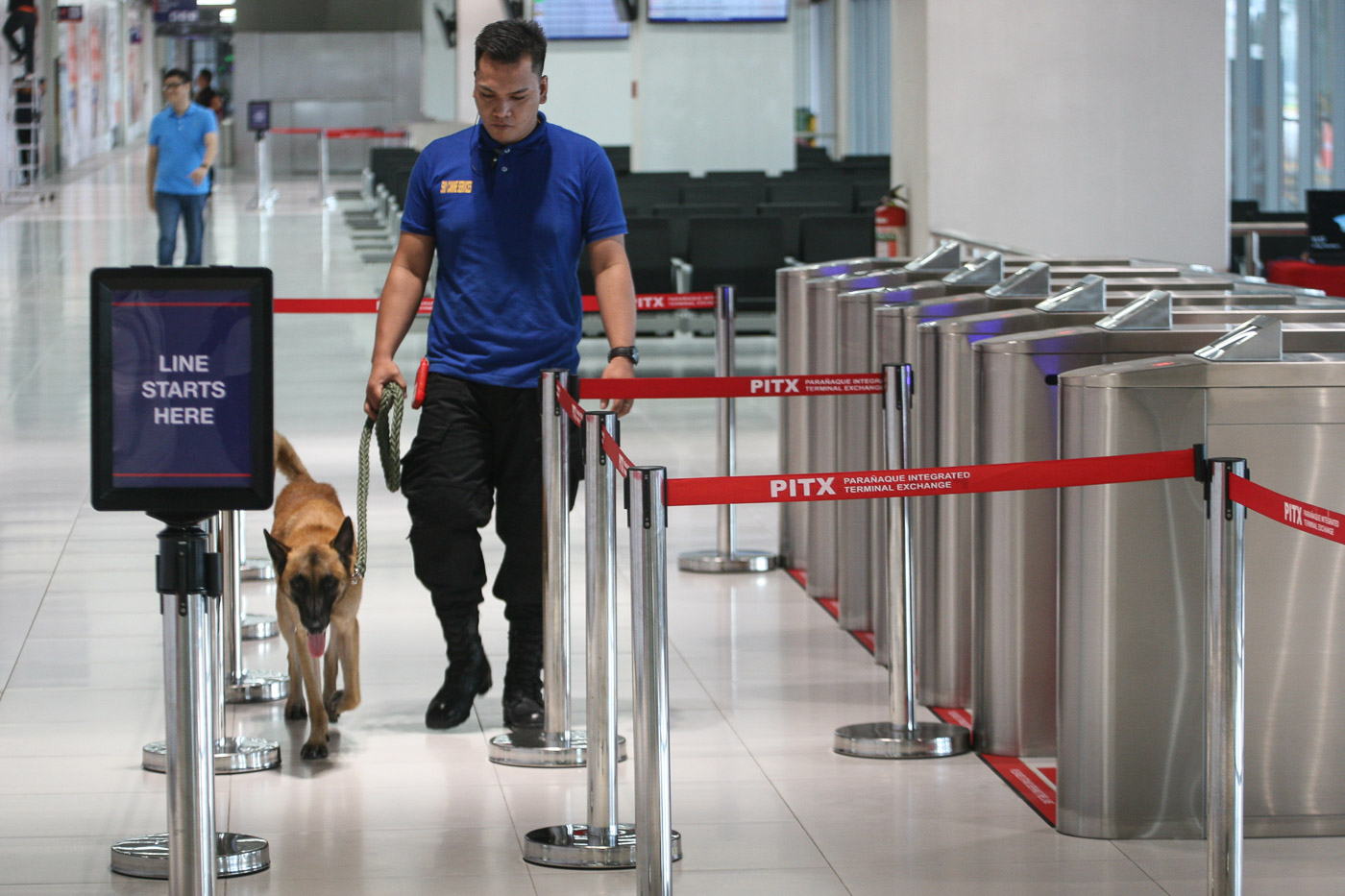SECURITY. Aside from CCTV cameras, the terminal will have roving security guards and K-9 dogs. Photo by Ben Nabong/Rappler