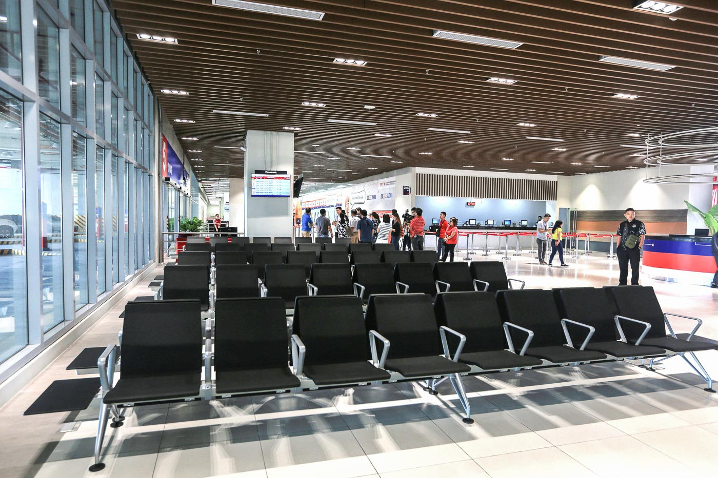 WAITING AREA. Comfortable seats for passengers waiting for their ride. Photo by Ben Nabong/Rappler