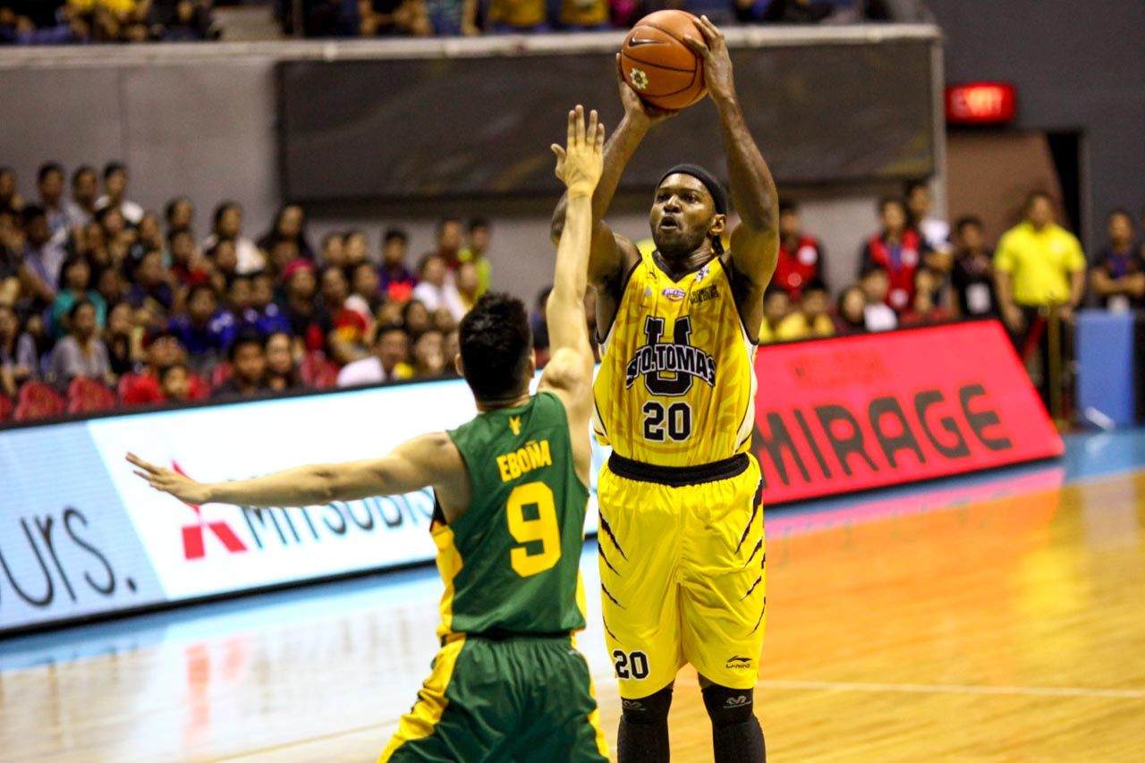 GLASS CLEANER. Karim Abdul has his work cut out for him against FEU's league-leading rebounding roster. Photo by Josh Albelda/Rappler