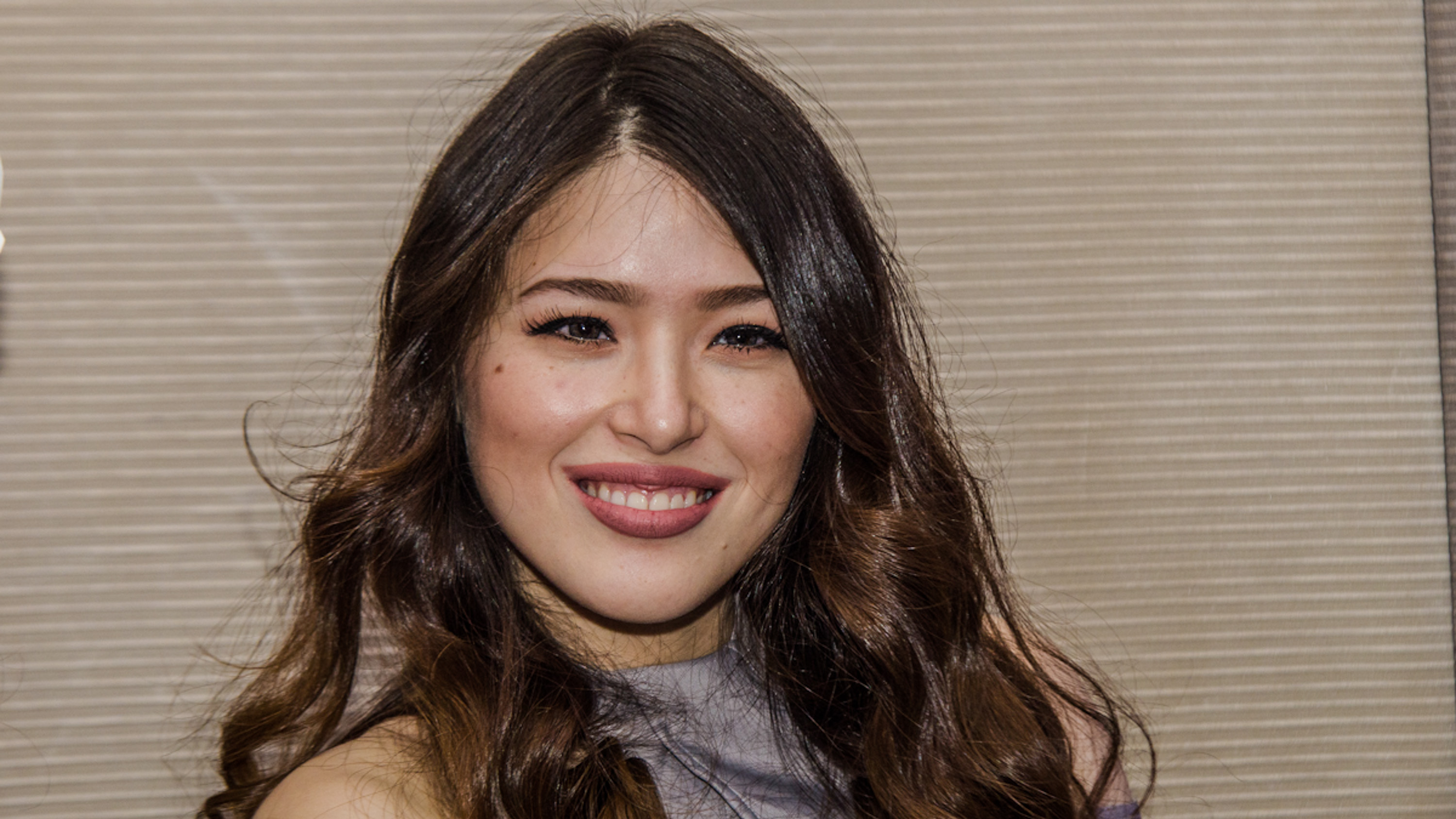 MOM-TO-BE. Kylie Padilla says she is excited and nervous, as she prepares to be a mom for the first time this year. Photo by Rob Reyes/Rappler