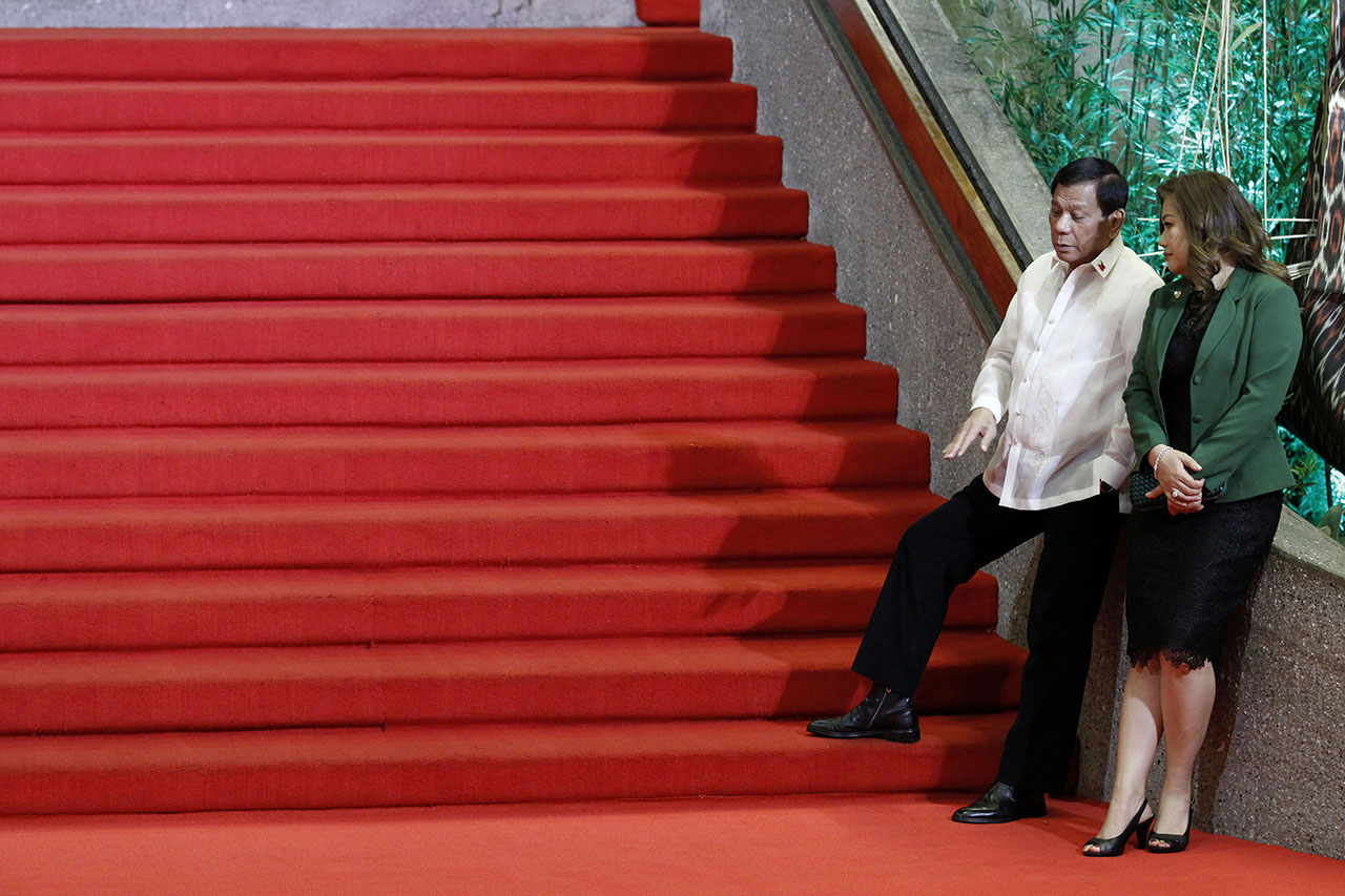 READY. President Rodrigo Duterte and common-law wife, Honeylet Avanceu00f1a ready to welcome regional leaders at the PICC. Malacanang Photo