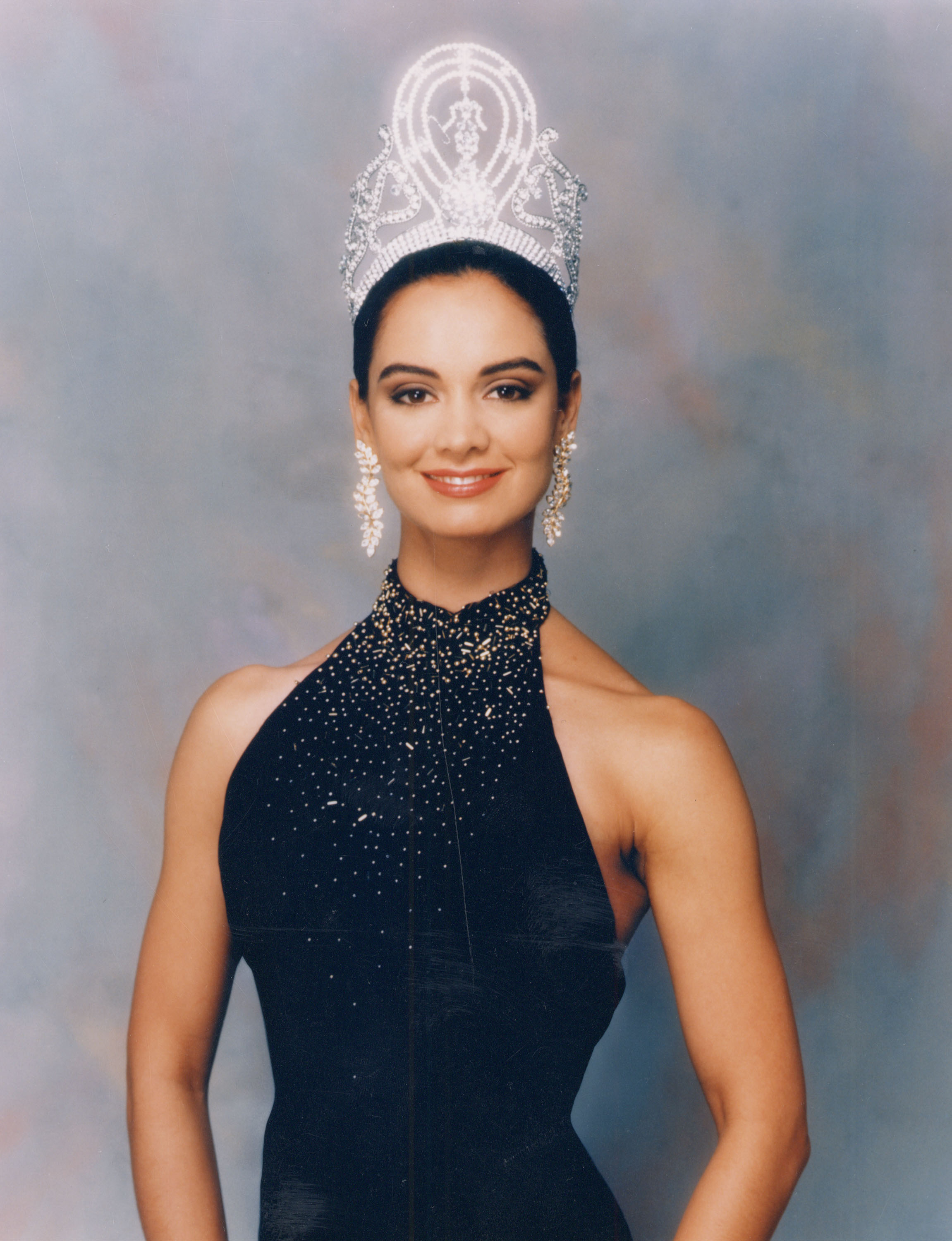 Miss Universe 1991 Lupita Jones from Mexico