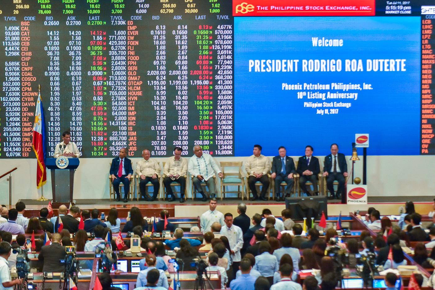 PRESIDENT IN PSE. President Rodrigo Duterte gives a speech inside the PSE trading hall.