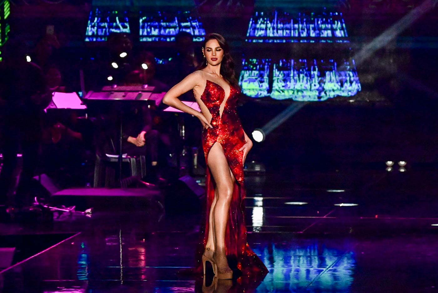 ON FIRE. Miss Universe 2018 Catriona Gray.