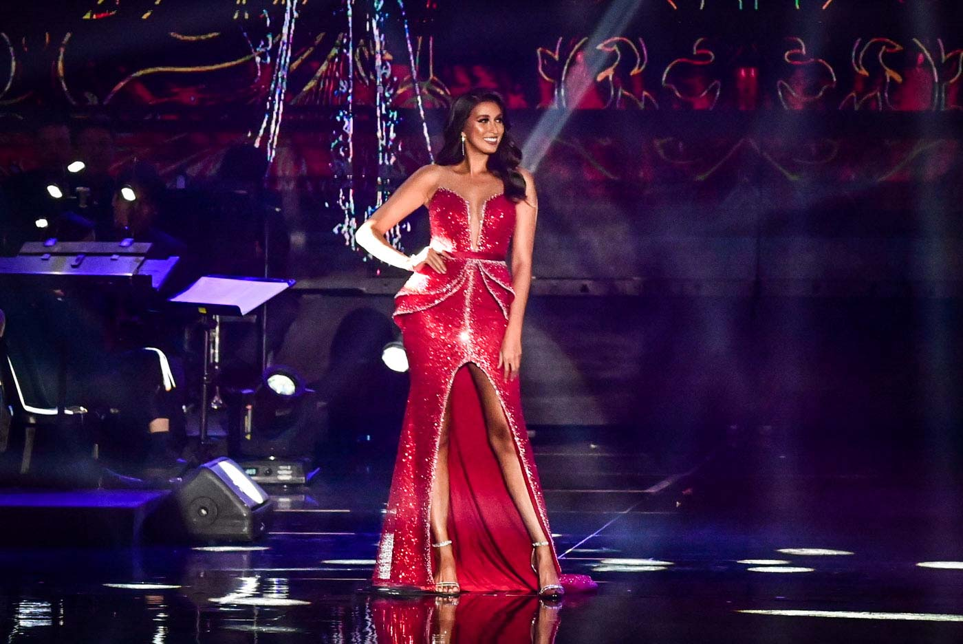 SEXY IN RED. Miss Universe Philippines 2017 Rachel Peters.