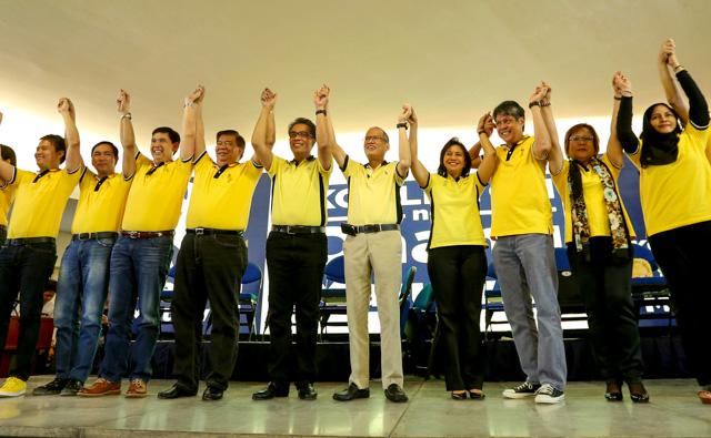 ALL SET. The ruling coalition's senatorial bets on October 12 . Photo courtesy of Malacau00f1ang Photo Bureau