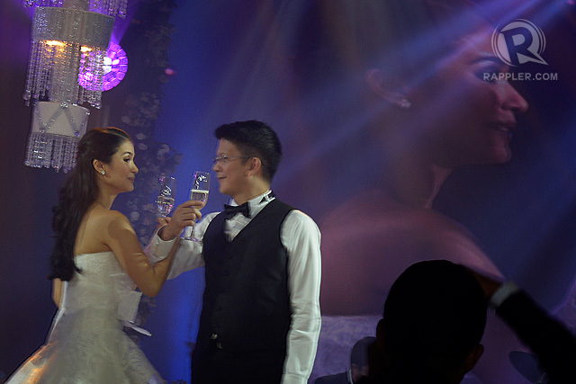 A NEW BEGINNING. Newlyweds Heart Evangelista and Chiz Escudero during the reception toast. Photo by Leanne Jazul/Rappler