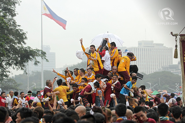 DEVOTED. The Feast of the Black Nazarene draws millions of the Catholic faithful every year. Photo by Franz Lopez/Rappler