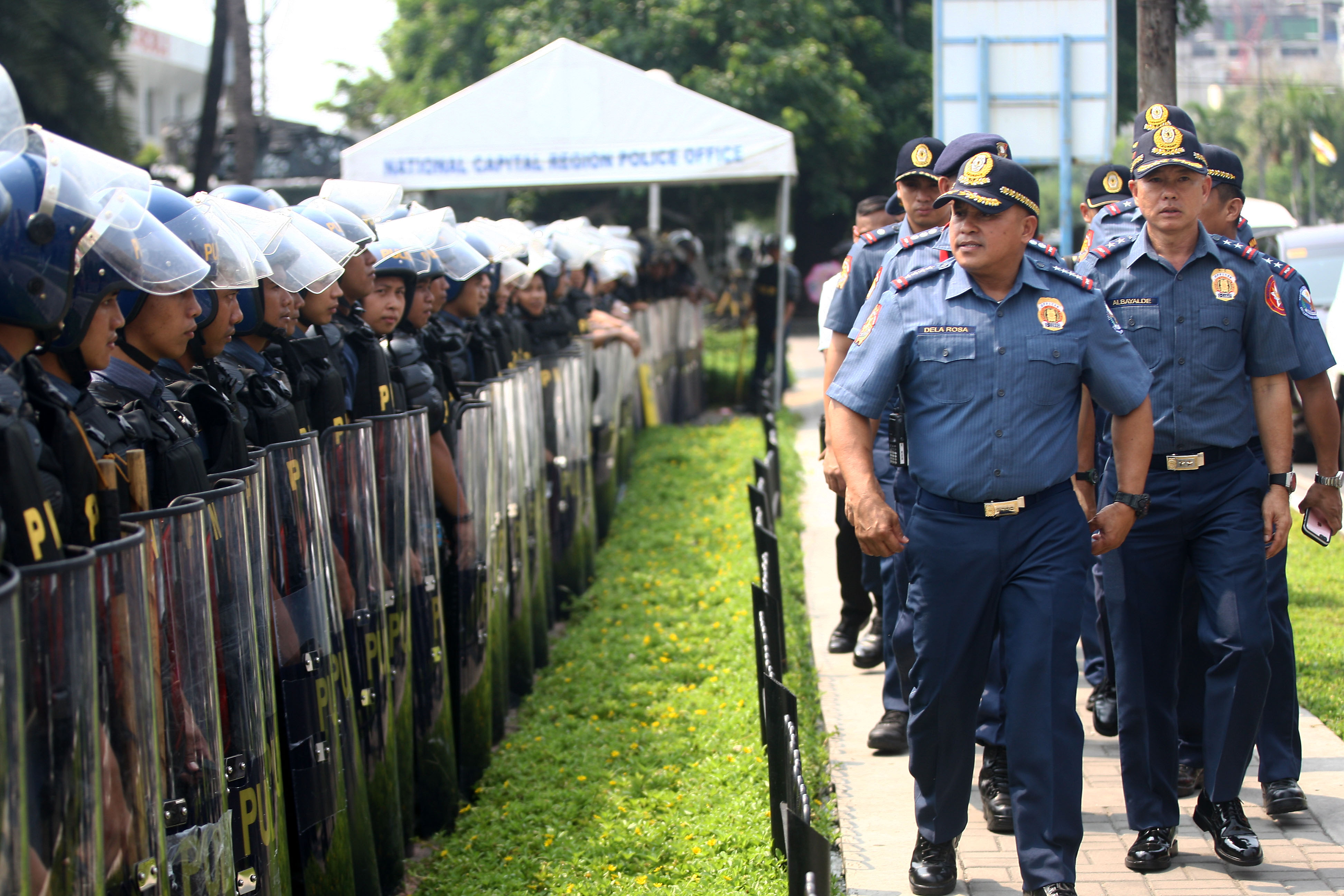 READY. The Philippine National Police will be brought back to Duterte's war on drugs. File photo by Ben Nabong/Rappler