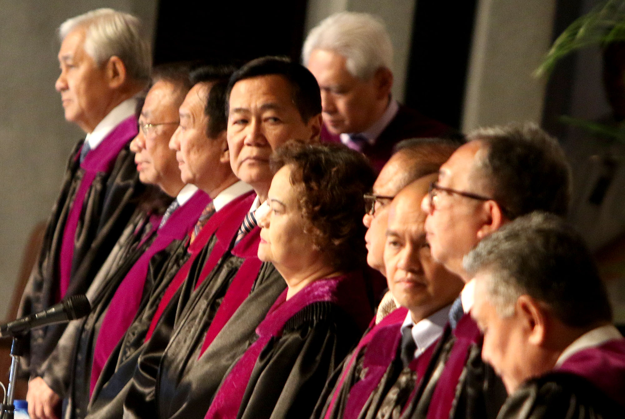 SUPREME COURT. Justices of the High Court swear in the new lawyers one month after the majority ousted chief justice Maria Lourdes Sereno. Photo by Inoue Jaena/Rappler