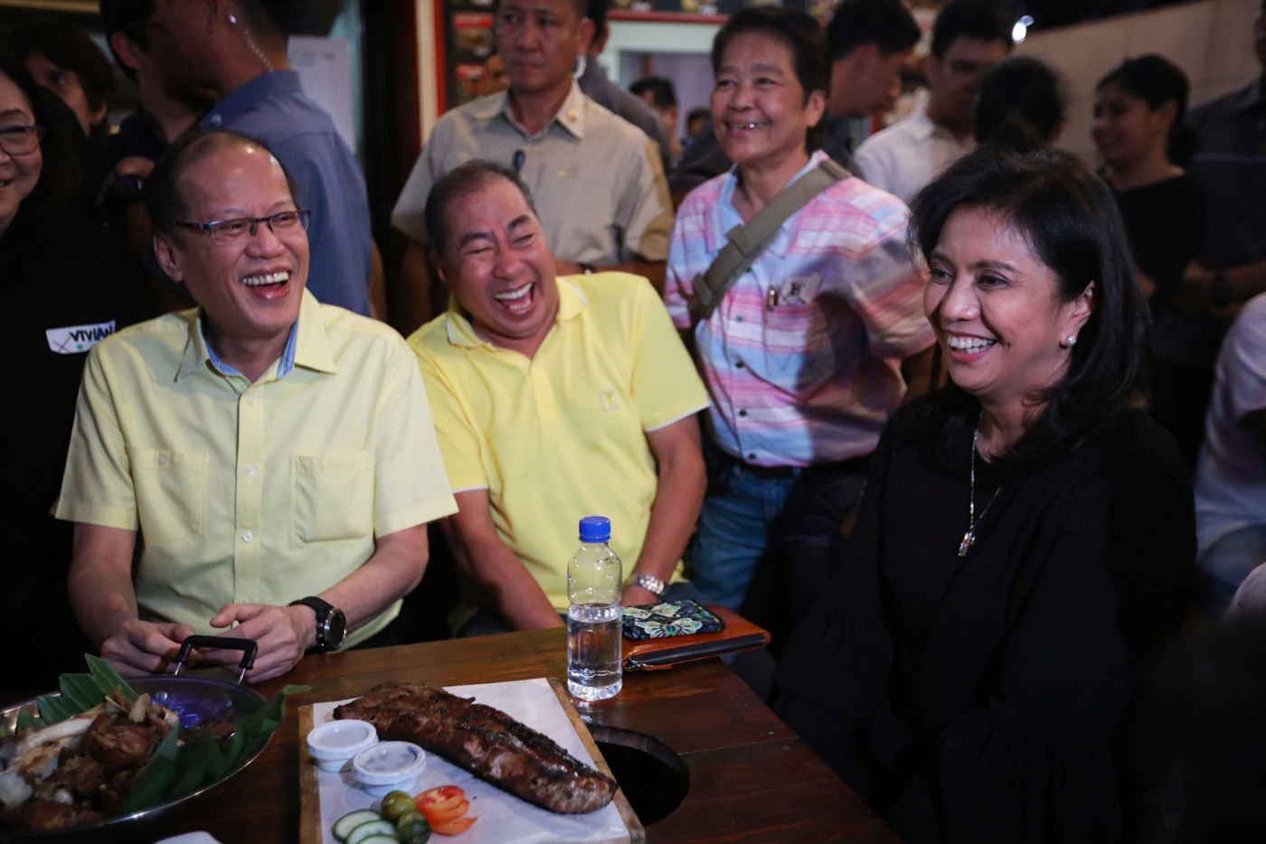 STALWARTS. Vice President Leni Robredo in a light moment with former president Benigno Aquino III (left) and Oriental Mindoro Governor Alfonso Umali Jr (middle) at the LP anniversary party. Photo by OVP)