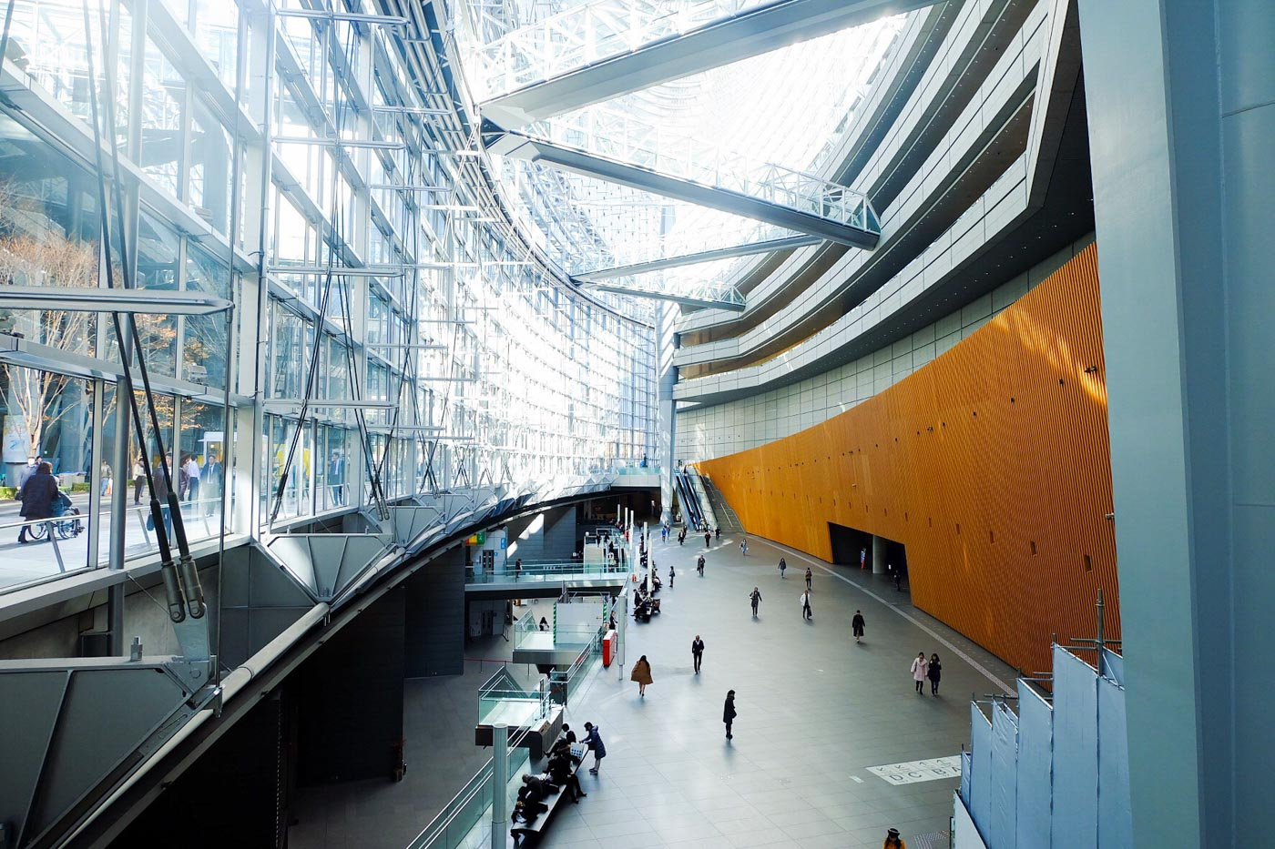 MODERN LOOK. The Tokyo International Forum maintains its modern interiors since it was opened in 1997. Photo by Beatrice Go/Rappler