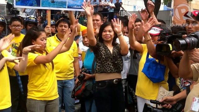 PROTESTS, MORE FUN IN PH. Filipinos use song and dance to oppose China's claim over Scarborough Shoal.