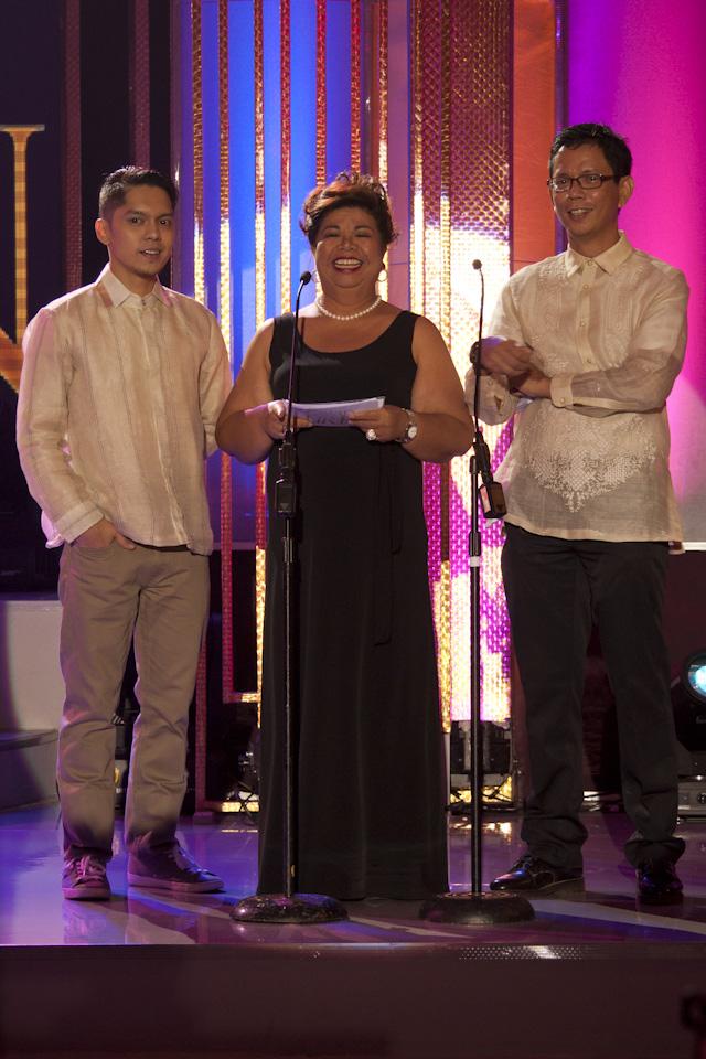 PRESENTERS. Carlo Aquino, Mae Paner and Rolando Tolentino present the Best Short Film and Best Documentary awards