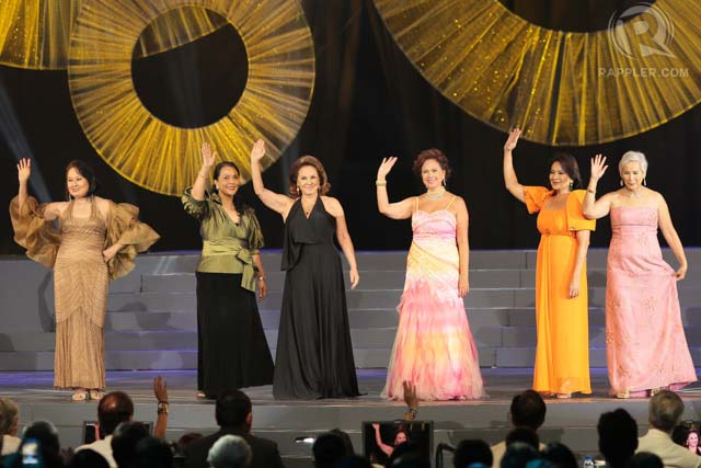 SHINING MOMENT. Beauty queen turned actress Pilar Pilapil (3rd from left) with past Bb Pilipinas beauty queens at the opening number of Bb Pilipinas Gold