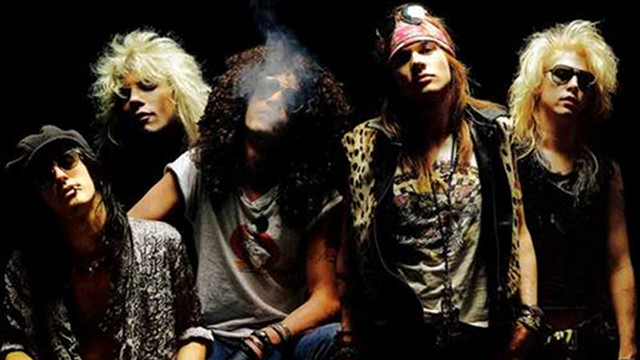 GNRu2019S GTR. Slash may no longer be together with his Guns Nu2019 Roses mates but heu2019ll likely play several GNR oldies in his Big Dome gig. Photo from themetalden.com