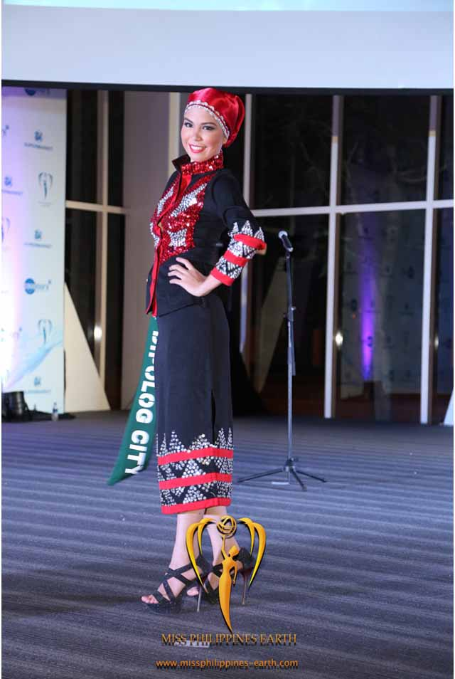 CULTURAL COSTUME COMPETITION. Liza Rose Dancalan at the cultural costume competition on April 19 at SM Mall of Asia, Pasay. Photo courtesy of Carousel Productions