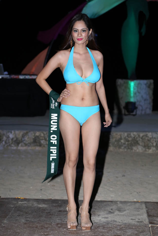 SWIMWEAR COMPETITION. Athina Karla Chia at the swimwear competition on April 13 at Golden Sunset Resort, Batangas. Photo courtesy of Carousel Productions