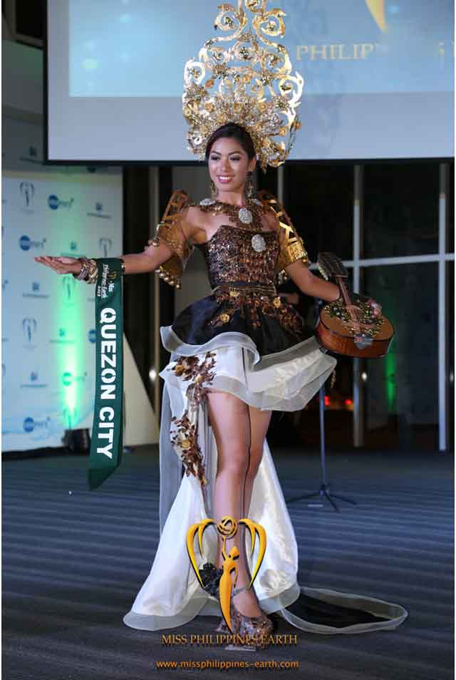 CULTURAL COSTUME COMPETITION. Sarah Jireh Asido at the cultural costume competition on April 19 at SM Mall of Asia, Pasay. Photo courtesy of Carousel Productions