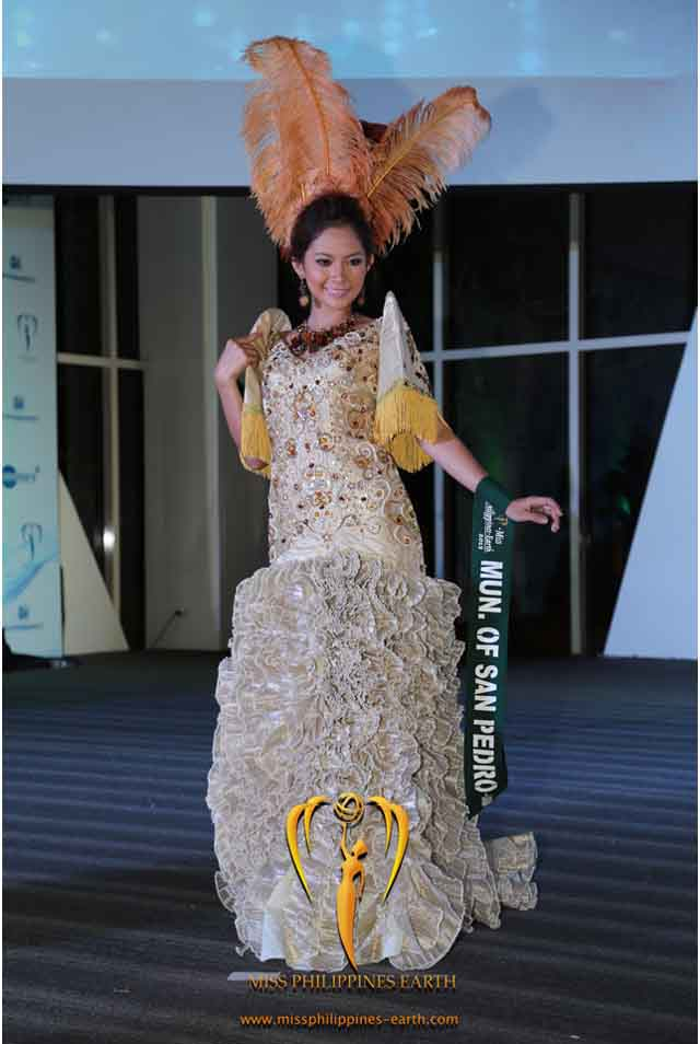 CULTURAL COSTUME COMPETITION. Kristine Gail Sandoval at the cultural costume competition on April 19 at SM Mall of Asia, Pasay. Photo courtesy of Carousel Productions