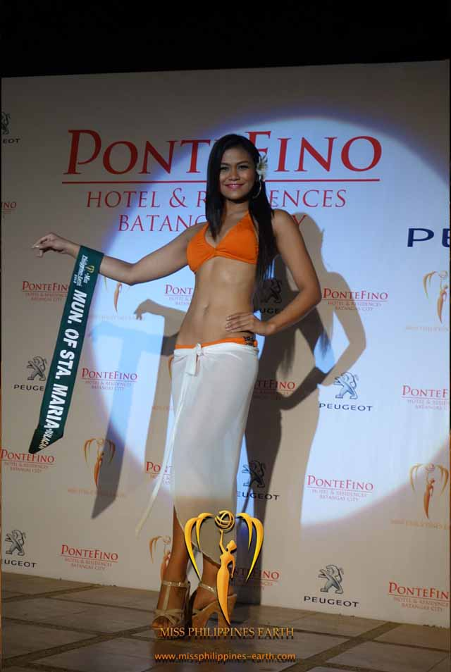 RESORTWEAR COMPETITION. Bernadette Mae Aguirre at the resortwear competition on April 12 at Hotel Pontefino u0026 Residences, Batangas. Photo courtesy of Carousel Productions