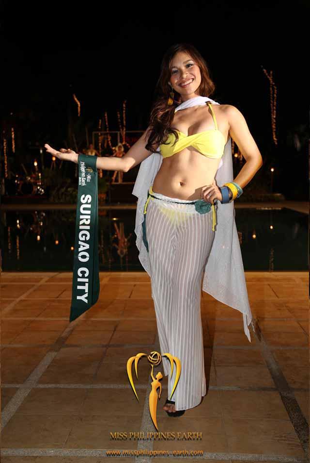 RESORTWEAR COMPETITION. Joanna Jane Janson at the resortwear competition on April 12 at Hotel Pontefino u0026 Residences, Batangas. Photo courtesy of Carousel Productions