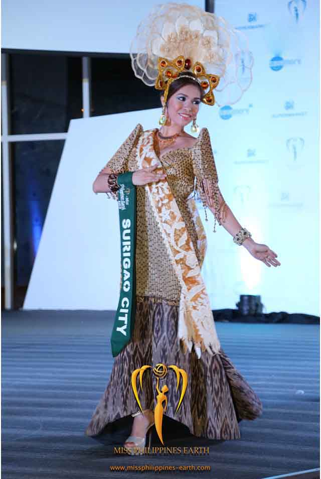 CULTURAL COSTUME COMPETITION. Joanna Jane Janson at the cultural costume competition on April 19 at SM Mall of Asia, Pasay. Photo courtesy of Carousel Productions