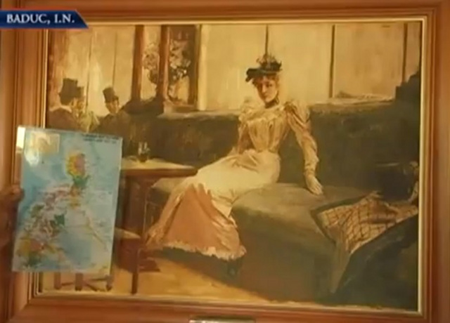 THE PARISIAN LIFE. According to studies, the lady in the painting represents the Philippines because its silhouette mirrors the shape of the Philippines and its relationship with its colonizer, the Spain. Screen shot from the news coverage of NBN Ylocos teledyaryo