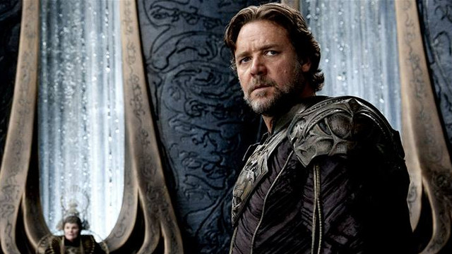 FATHER OF SUPERMAN. Russell Crowe plays Jor-El, a Kryptonian scientist and father of Superman