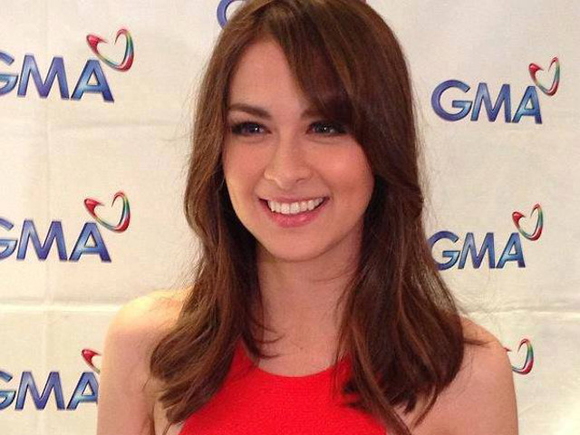STAYING 'HOME.' For Marian, it's a new beginning with GMA. Photo from her Facebook page