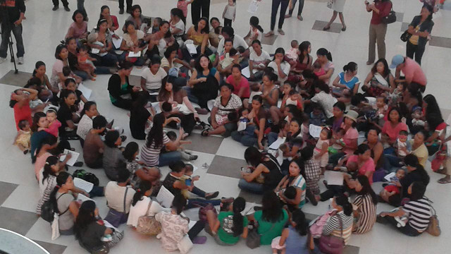 CAGAYAN DE ORO'S MOMMY BRIGHT SIDE. Moms and babies at Centrio Mall. Photo from Meg Gabe