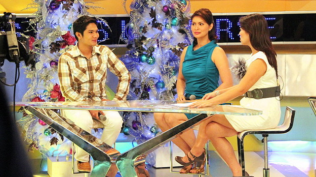 'UNANG HIRIT' GUESTING. With Bb Pilipinas-Universe 1997 Abbygale Arenas. Our topic was Shamcey Supsup's 3rd place finish in Miss Universe 2011
