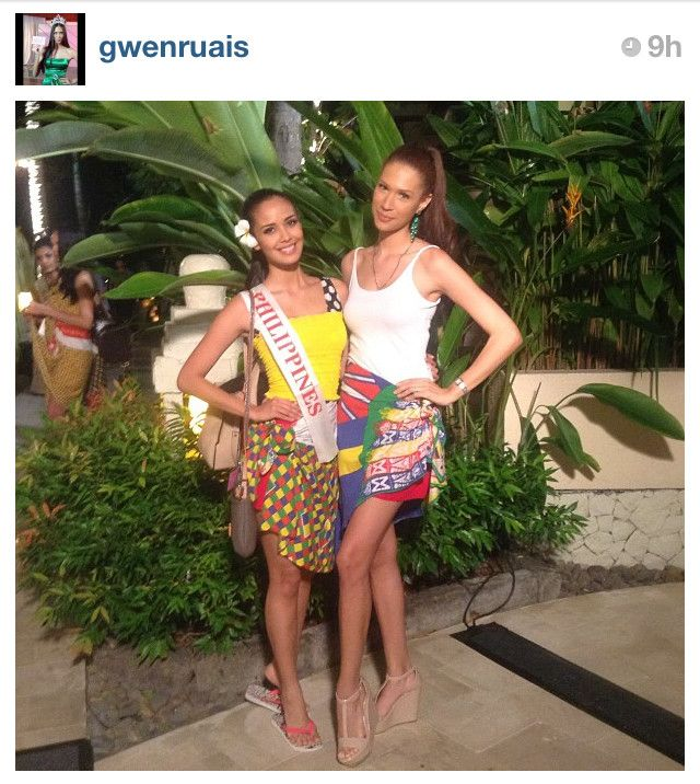 BEACH FASHION FINALIST. Megan Young with Miss World 2011 1st Princess Gwen Ruais in an Instagram pic posted by Gwen