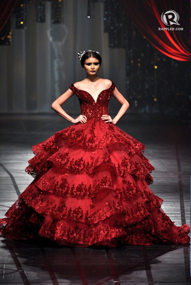 SPANISH-INSPIRED. The first outfit in Michael Cinco's dramatic fashion show