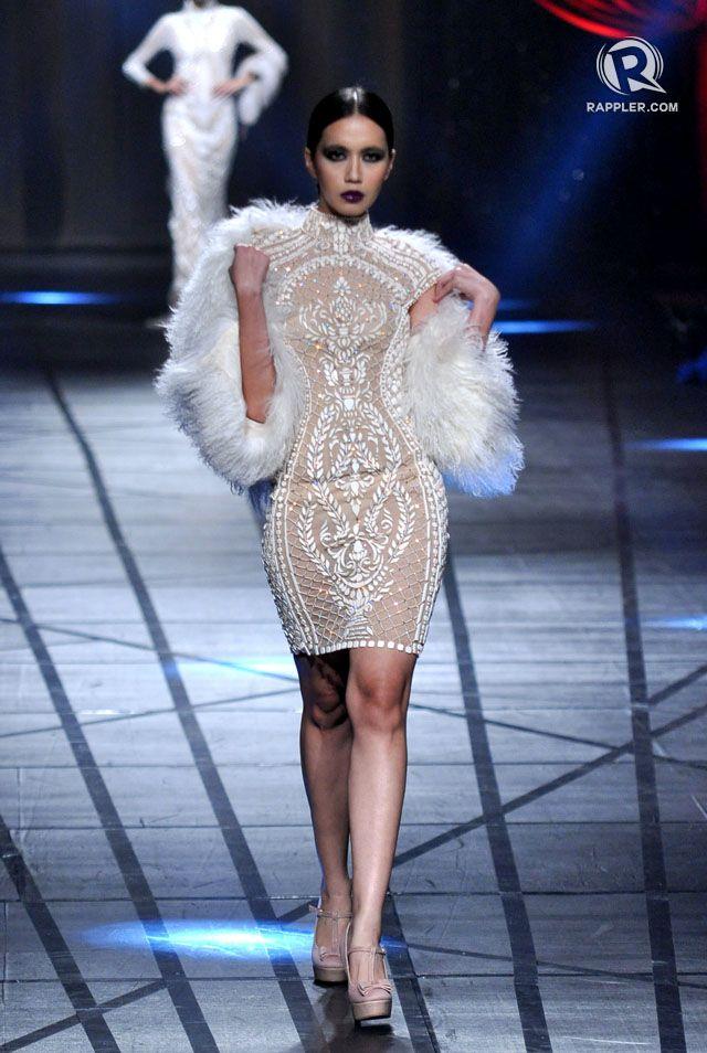 CHIC. Model Michele Penemanglor