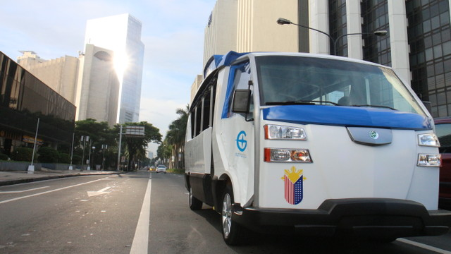 CLEAN SOLUTIONS. Electricity-powered vehicles hope to reduce the air pollution in the metro. Photo courtesy of GET Philippines
