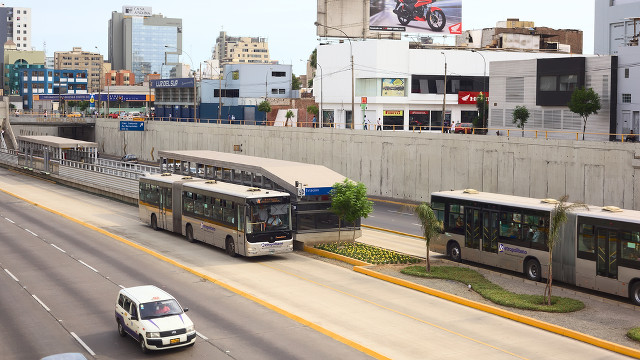 EFFICIENT TRANSPORT. This bus rapid transit system in Peru shows how road-sharing can work in urban areas