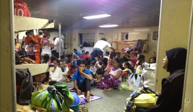 FLEEING SABAH: Inside Coast Guard's BRP EDSA DOS. Carmela Fonbuena/RAPPLER