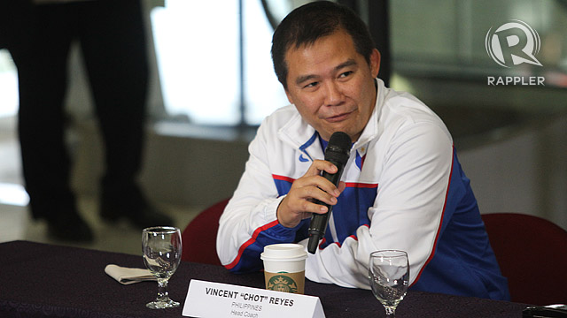 DECISIONS. Chot Reyes will not be fielding Marcus Douthit, Jimmy Alapag, Beau Belga, Kelly Williams or Jay Washington in the Asian Games. File photo by Rappler