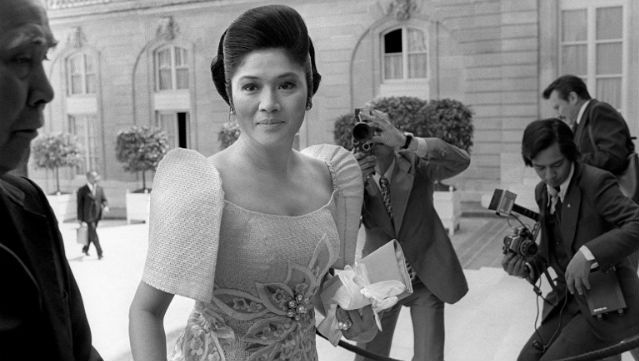 TRAVELER. The First Lady arrives at the Elysee Palace, Paris, 1976. Photo: AFP
