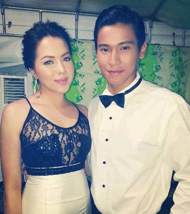 'HEAD OVER HEELS.' With co-star Julia Montes. Photo from Enchong Dee's Facebook