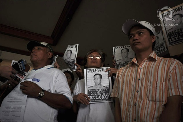 PROTEST. Oscar Leuterio, Linda Cadapan and Raymund Manalo file a complaint at the Office of the Ombudsman in 2011. Photo by Geloy Concepcion