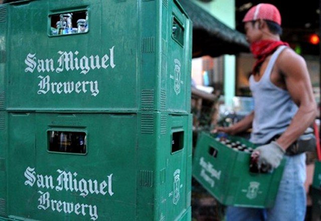 PRIVATE TO PUBLIC? San Miguel Brewery, the delisted country's biggest brewer, may make a stock exchange comeback. File photo by AFP