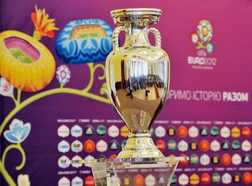 EURO 2012 tournament cup is pictured during the trophy presentation in Kiev on May 11, 2012. Along with tournament co-hosts Poland and Ukraine, European football's governing body UEFA has organized a five-week trophy tour in cities across the two countries. AFP PHOTO / SERGEI SUPINSKY